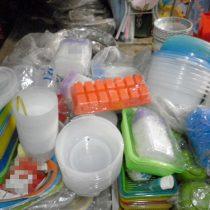 Nguy hiểm khi dùng đồ nhựa đựng thực phẩm
